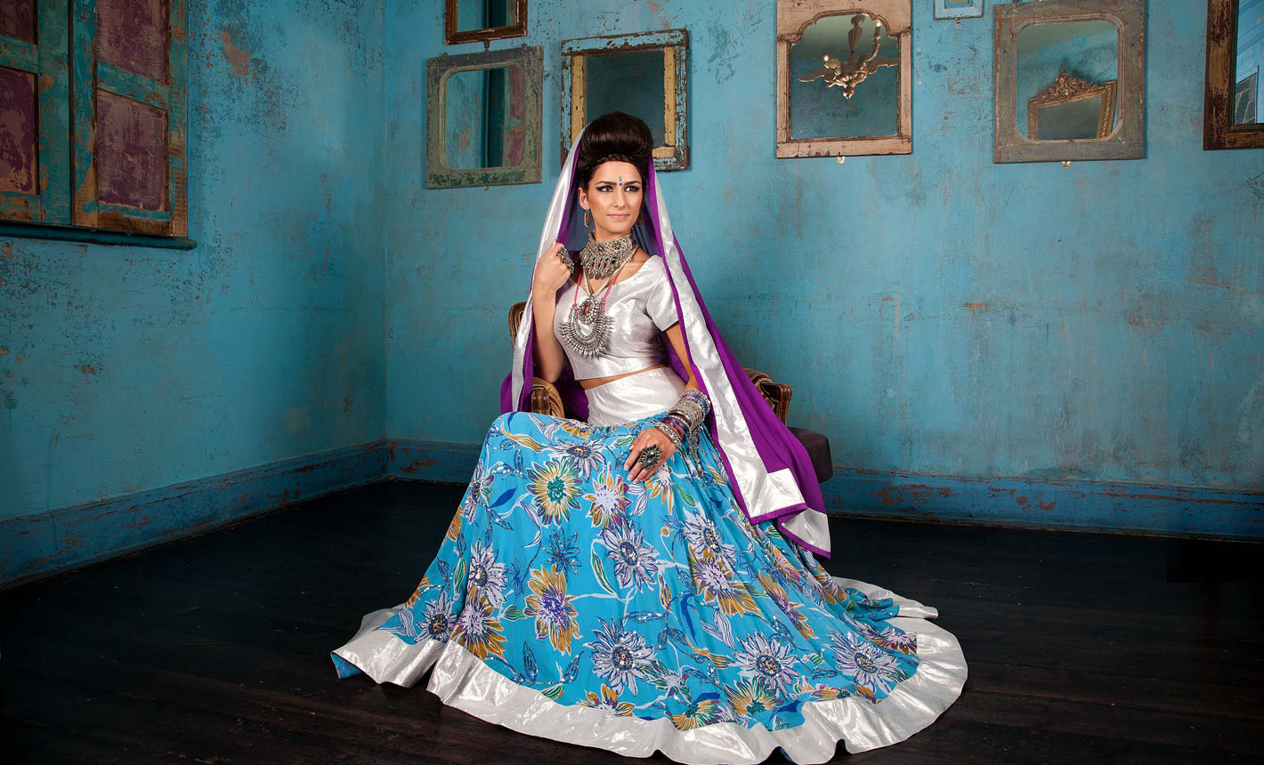 Beautiful Asian Wedding Outfits Images - Wedding Ideas - memiocall.com